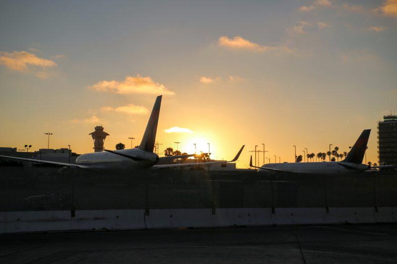 Zonsondergang luchthaven LA