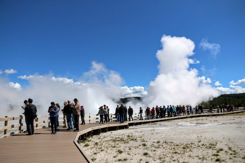 Wandelpad Fountain Geyser
