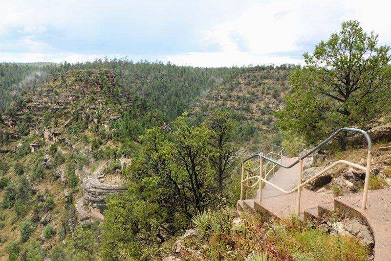 Walnut Canyon bezoeken