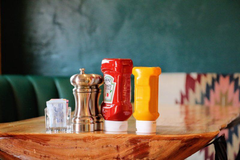 Mosterd en ketchup in Amerika