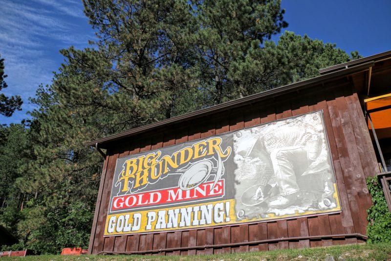 Big Thunder Gold Mine Panning