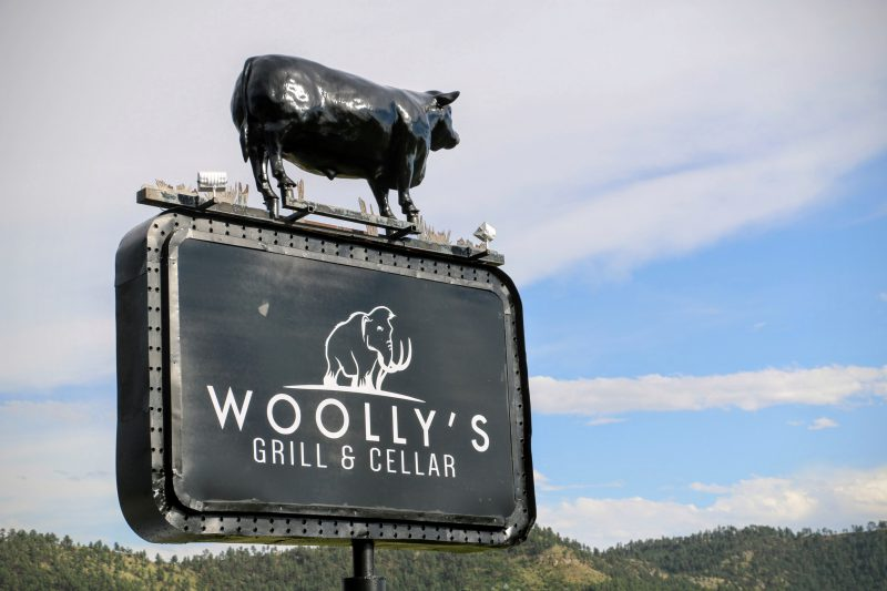 Woollys Grill Cellar Hot Springs