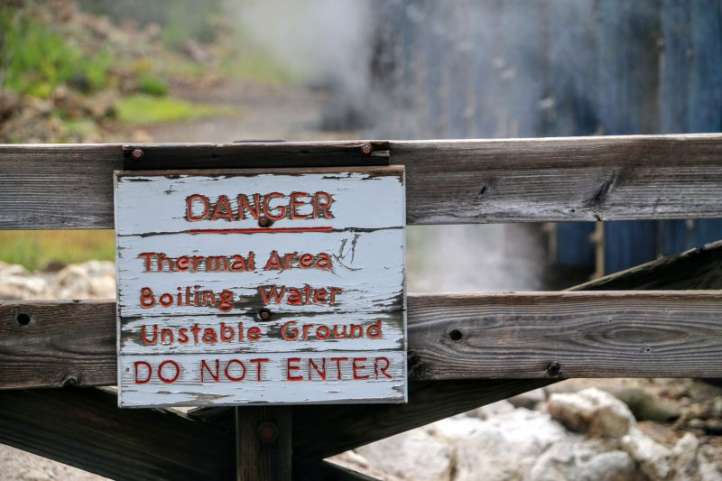 churning-caldron-at-yellowstone-national-park