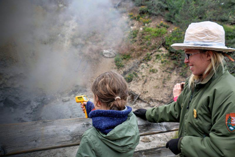 Leren voor het Junior Ranger Program in Yellowstone